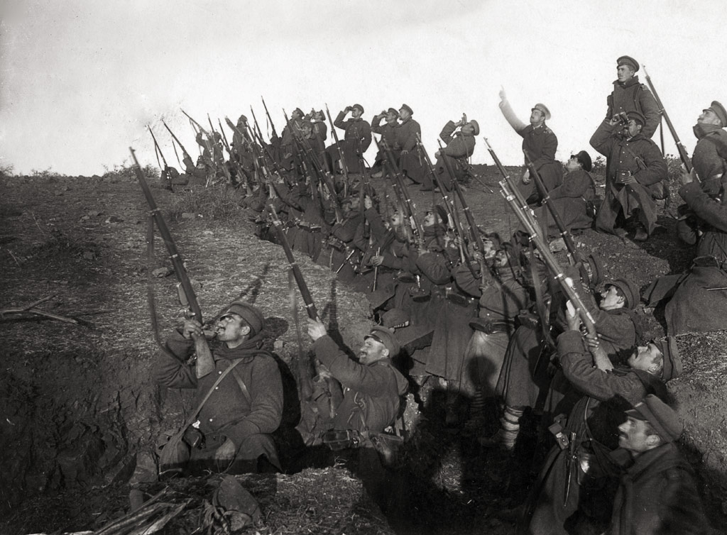 Bulgarian soldiers in position to fire against an incoming airplane, World War I. (wiki)